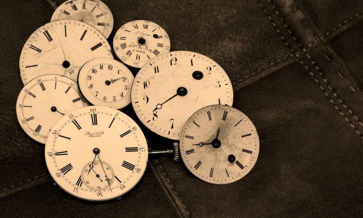 Гадание по одинаковым цифрам на часах