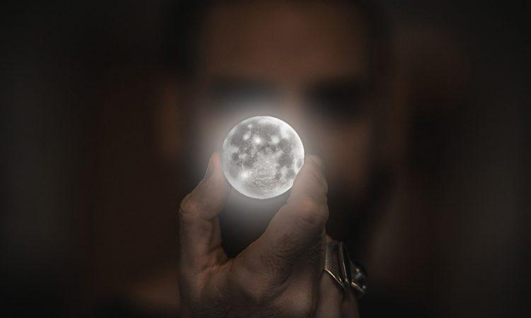 Полная Луна для каждого знака 18 мая 2019