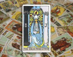 The High Priestess — Верховная Жрица