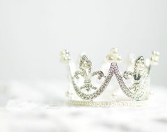 Гадание онлайн «Корона любви»