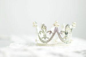 "Гадание онлайн ""Корона любви"""